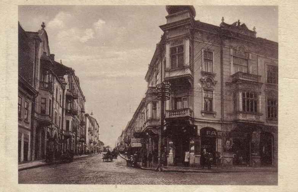 Multi-Cultural Memory and the Continuity of Traces. Chernivtsi in the Bukovyna