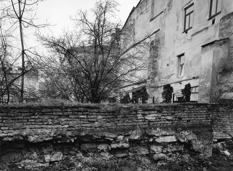 Боротьба з пам'яттю: фотографії євреїв Східної Європи, 1997-2015