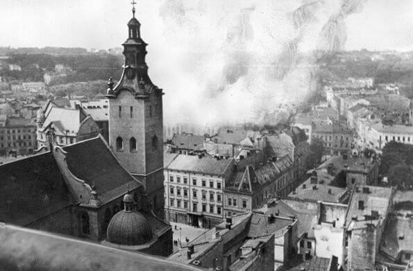 The German Attack on the Soviet Union and Violence against Jews: the Case of Lviv on July 1941