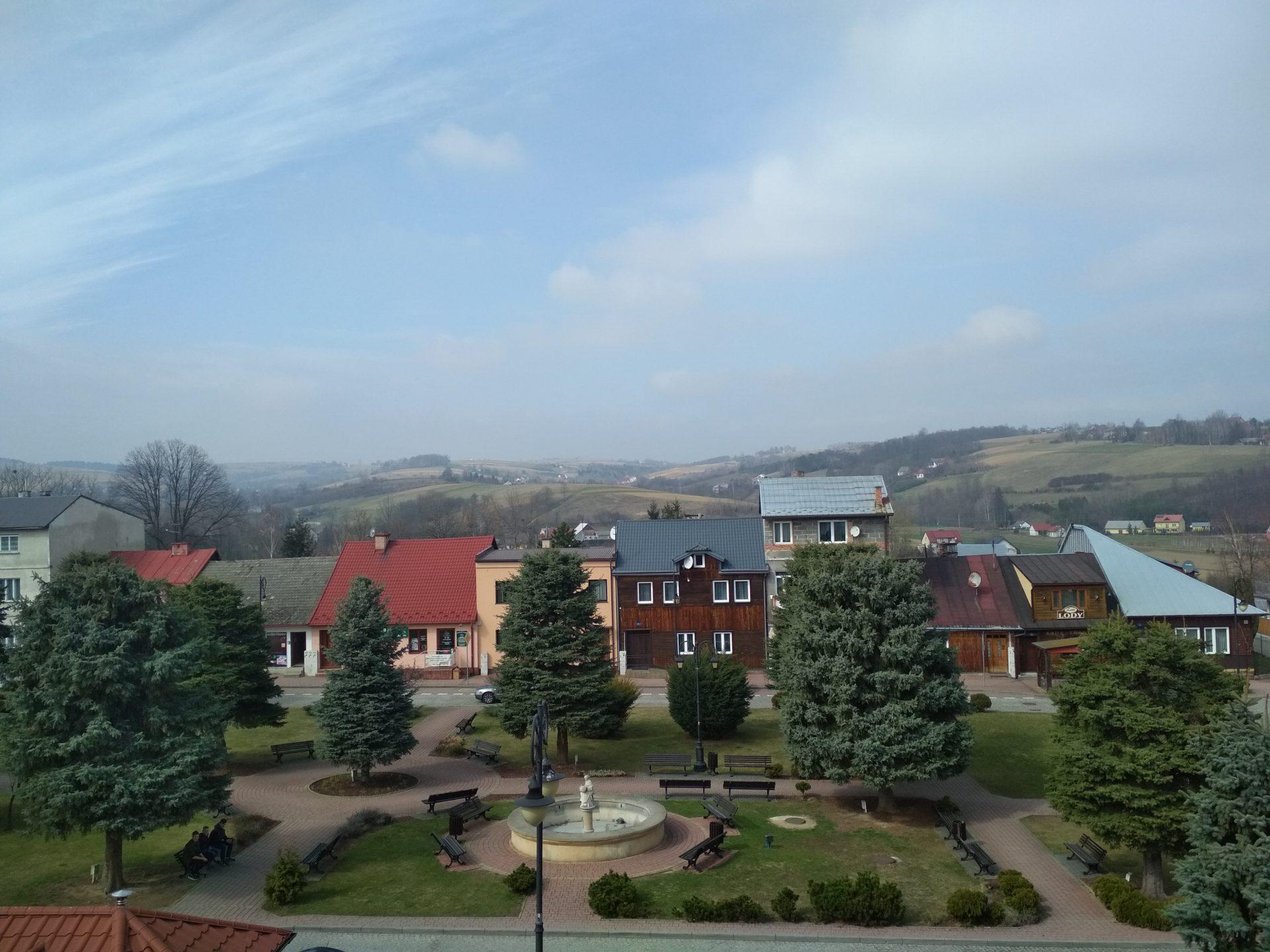 Belz, Bobowa, Leżajsk: Official Memory about the Jewish Past
