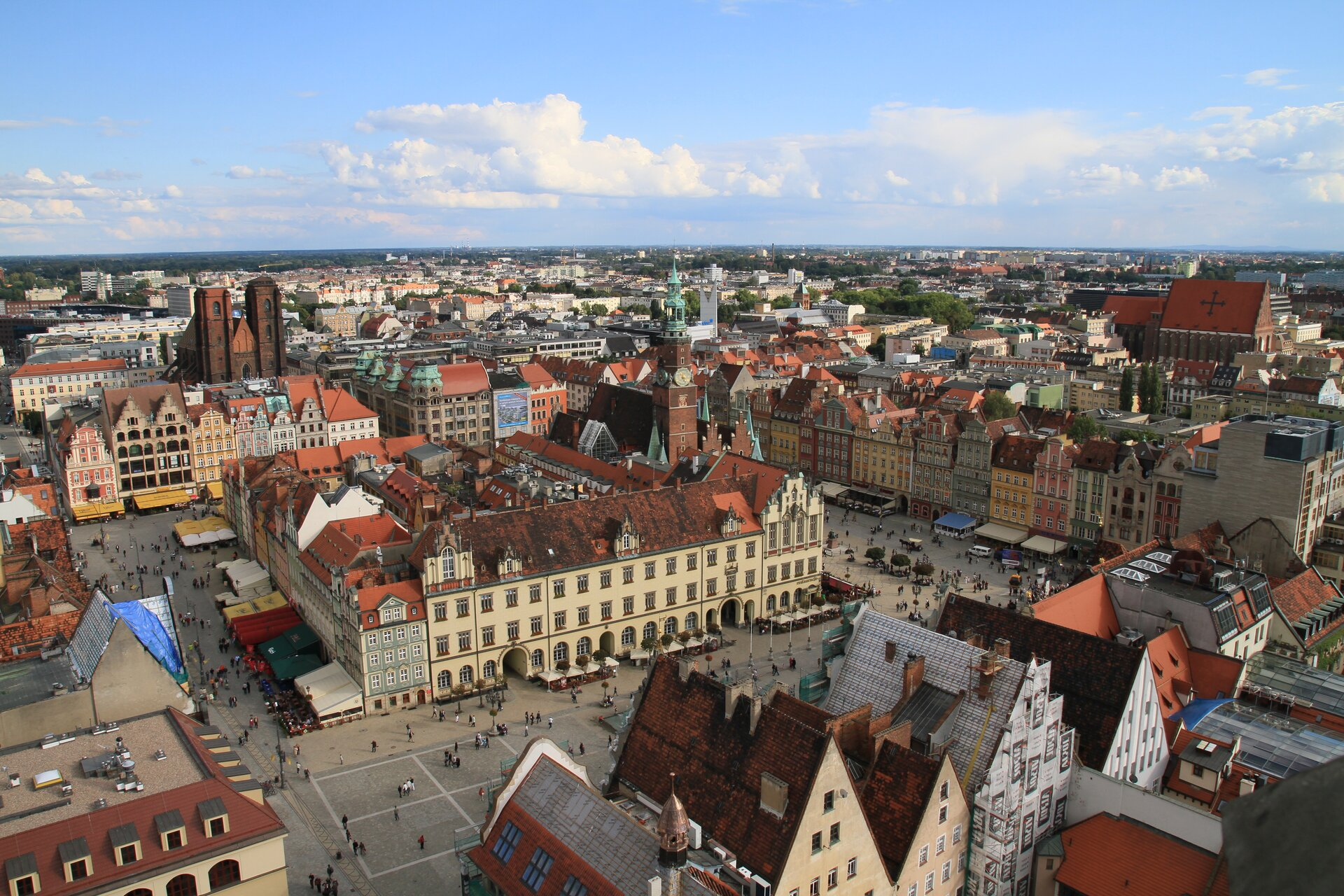 (Re)Construction of Identity of Cities Using the Examples of Szczecin and Wroclaw