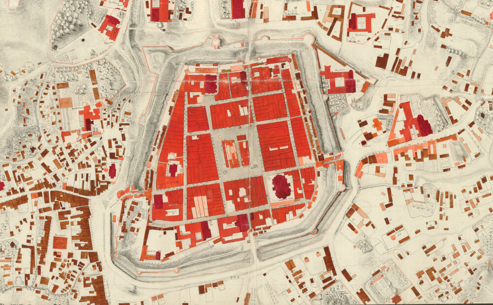 The History of Cities and Cartography: Methods of Implementation of the