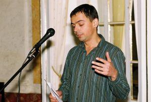Dr. Andriy Zayarnyuk
